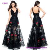 Heißer Verkauf reizvoller tiefer V-Stutzen befestigte A - Zeile Eveing Kleid mit einer Spitze und roter einer Blumeapplique-blossen Fußleiste