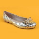 Женщин пальца ноги смычка PU повелительниц ботинки золотистых круглых дешевых плоские