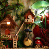 Het Houten MiniatuurHuis van Doll van de Ambacht DIY met Licht voor Jonge geitjes