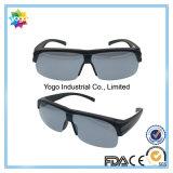 Obiettivo polarizzato misura sopra gli occhiali da sole ed i vetri di lettura