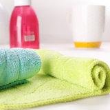 Toalla de limpieza modificada para requisitos particulares de Microfiber del color