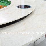 Большого размера с мраморным полом из нержавеющей стали обеденный стол в ресторане используется