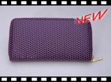 O plutônio bonito pontilha carteiras novas do projeto das mulheres