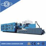 Grande máquina da modelação por injeção do volume 1360ton