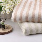 Il Knit organico della Jersey scherza il tessuto organico organico del tessuto 100% per i vestiti di inverno