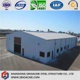 Magazzino moderno della struttura d'acciaio in Sudafrica