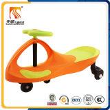 Automobile di plastica dell'oscillazione della grande rotella 2016