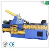 Stahlschrott-Ballenpresse, die Maschine aufbereitet