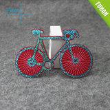 빨간 빛나는 구슬을%s 가진 자전거에 의하여 수를 놓는 패치