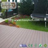 Revestimento composto colorido popular da plataforma de WPC em plataformas do jardim