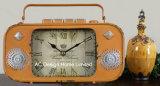 Orologio del piano d'appoggio del metallo di figura della radio del nero dell'oggetto d'antiquariato della decorazione dell'annata