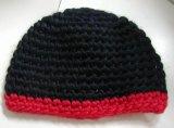 뜨개질을 한 모자