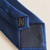 Tissus Jacquard de gros logo personnalisé Neck Tie, a fait 100% Polyester Liens