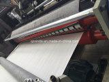 Papel higiénico que graba automático lleno que hace a surtidores de la máquina