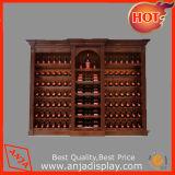 Le bois du vin sous forme de buffet et l'armoire de stockage en rack