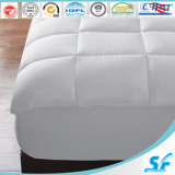 최신 Selling Custom 180GSM Hollow Fiber Mattress Protector