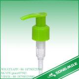 シャンプーのための24/410のPPの左右の緑のプラスチックローションポンプ