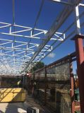 Edificio prefabricado galvanizado/pintado de la estructura de acero con el revestimiento de madera de la pared interior