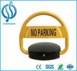 Fechamento automático do estacionamento dentro de de controle remoto