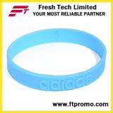 Il modo mette in mostra il Wristband del silicone con personalizzato