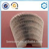 Práctico y ampliamente utilizado en forma de panal de papel Material de la almohadilla en China