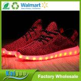 Ботинок людей ботинок USB перезаряжаемые СИД удобного Breathable лета внезапный