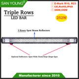 Super Bright Lignes triple barre lumineuse à LED 3 rangées de lumière LED Bar Bar 252W