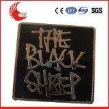 Выгравированный оптовой продажей изготовленный на заказ значок сувенира