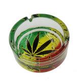 Het ronde Asbakje van het Glas met het Patroon van de Tabak