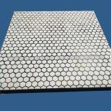 Revestimiento de cerámica con la almohadilla de goma y la placa de acero