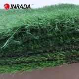 ペット人工的な草、レクリエーションの人工的な草の景色