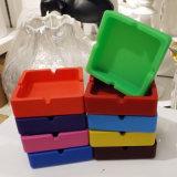 Ventas calientes no tóxicas impermeable y a prueba de polvo cuadrado cenicero de silicona
