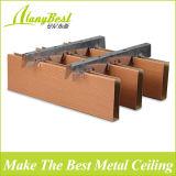 Soffitto di alluminio di stirata di colore di legno di Foshan per la decorazione del viale