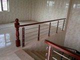 Escaleras de madera de la barandilla de Sapele de la barandilla del acero inoxidable del alambre para residencial