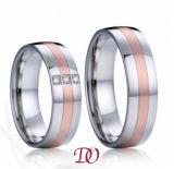 Rote Farben-Stahlring-polnischer und MattEdelstahl-Ring