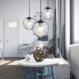 Restaurante moderno Bar Varanda com mesa de jantar do corredor de bolha de esferas de vidro da lâmpada Pendente