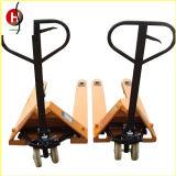 Transpaleta hidráulica manual adecuado para el estrecho espacio opera