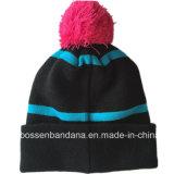 工場農産物はジャカード黒いPOM POM冬のアクリルのスノーボードの帽子の帽子をカスタム設計する