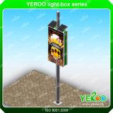 Напольный солнечный приведенный в действие двойник стальной структуры мебели улицы встал на сторону рекламирующ коробку столба светильника светлую