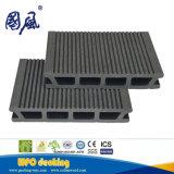 Decking di legno vuoto impermeabile esterno 146*26mm del composto WPC di nuovo disegno di lunga vita