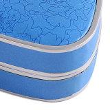 간단한 은 페인트 및 파란 종이 감싸는 보석함