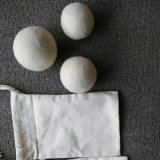 Bille normale de blanchisserie de nettoyage à sec de laines de moutons blancs