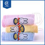 Boa qualidade de papel branco suave personalizado 100% algodão Hotel toalhas de rosto