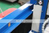 中国Woofdの切り分けることのためにおよび柔らかい金属の切断および彫版多機能専門の小型CNCのルーター機械6060製造業者表移動