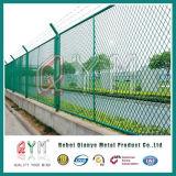 中国の製造者のチェーン・リンクの塀PVCは空港または空港の保安の塀のために引用した