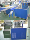 Gewundenes Streifen-Getränkestroh, das Maschine herstellt