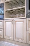Welbom personalizza l'armadio da cucina di legno solido di stile dell'America