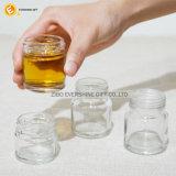 ポンプふた50mlのガラスメーソンジャーの小グラスの卸売