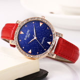Mode Ladies Watch with Stones on Bezel