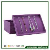高品質の紫色のビロードの宝石類の表示皿